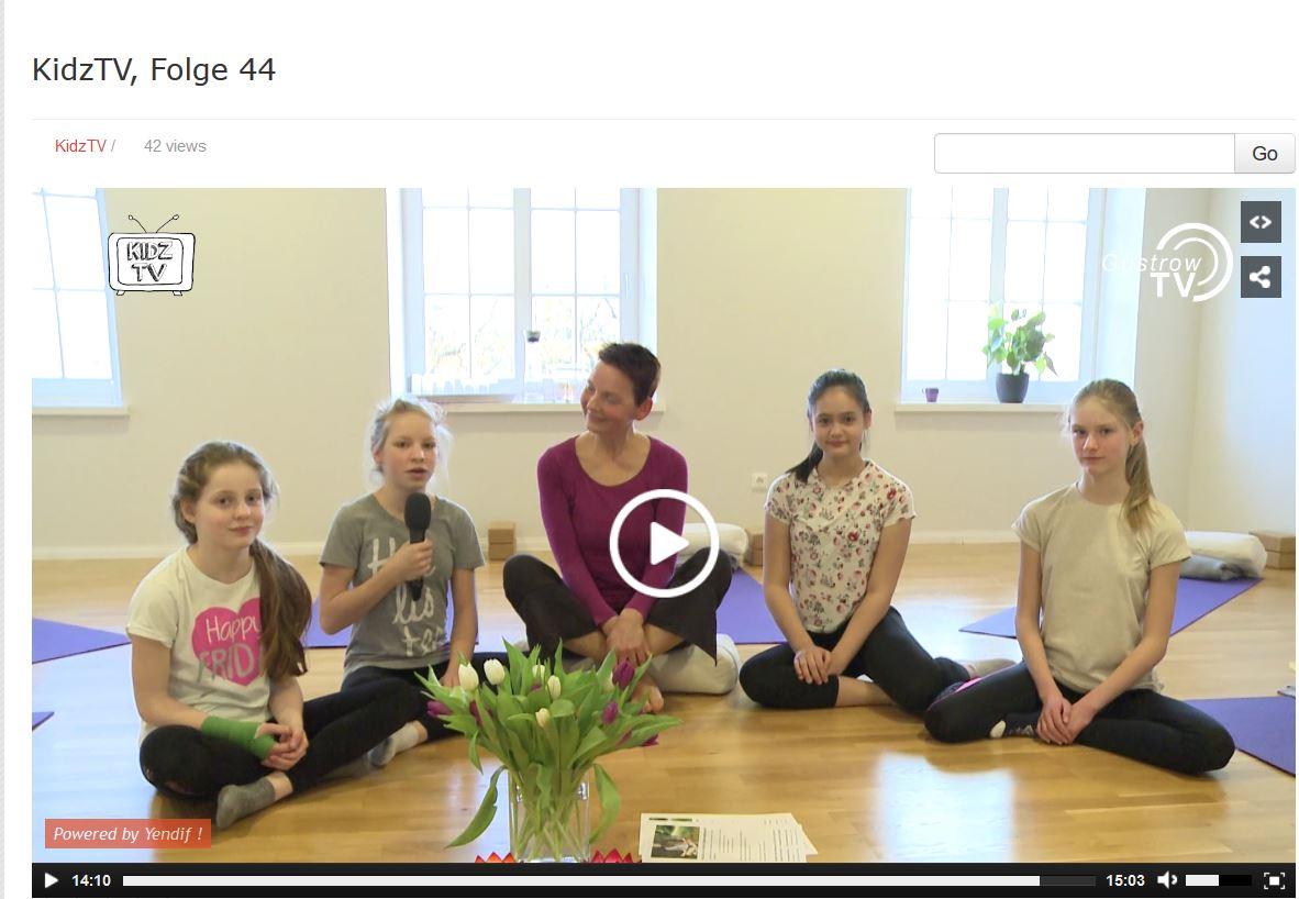 Yoga-KidzTv.JPG
