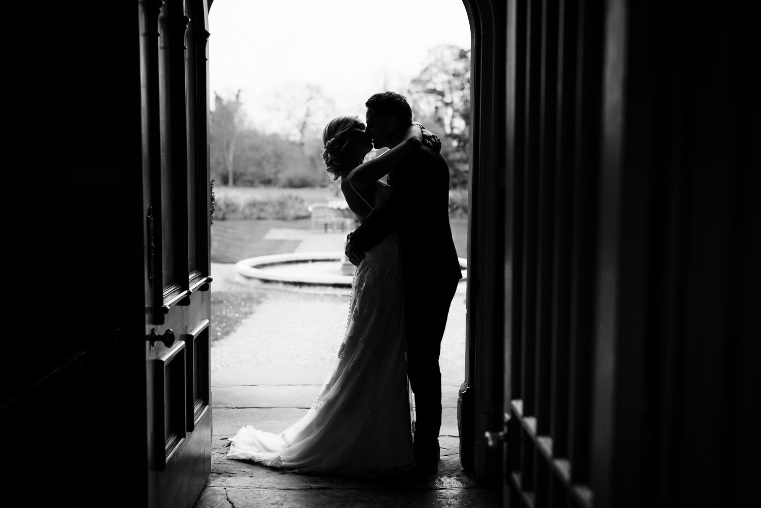 Alice and Rob. - Wedding Day first lookLemore Manor, nr. Hereford.