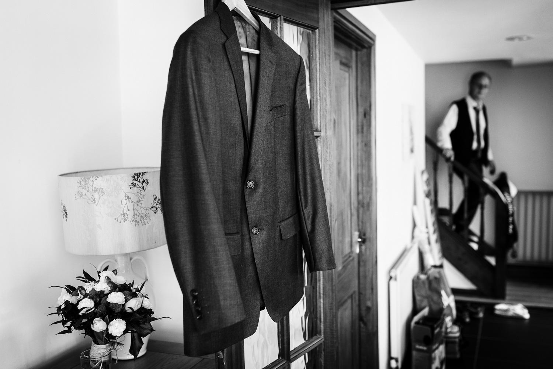 Fleece Inn Bretforton Wedding Photographer-1.jpg