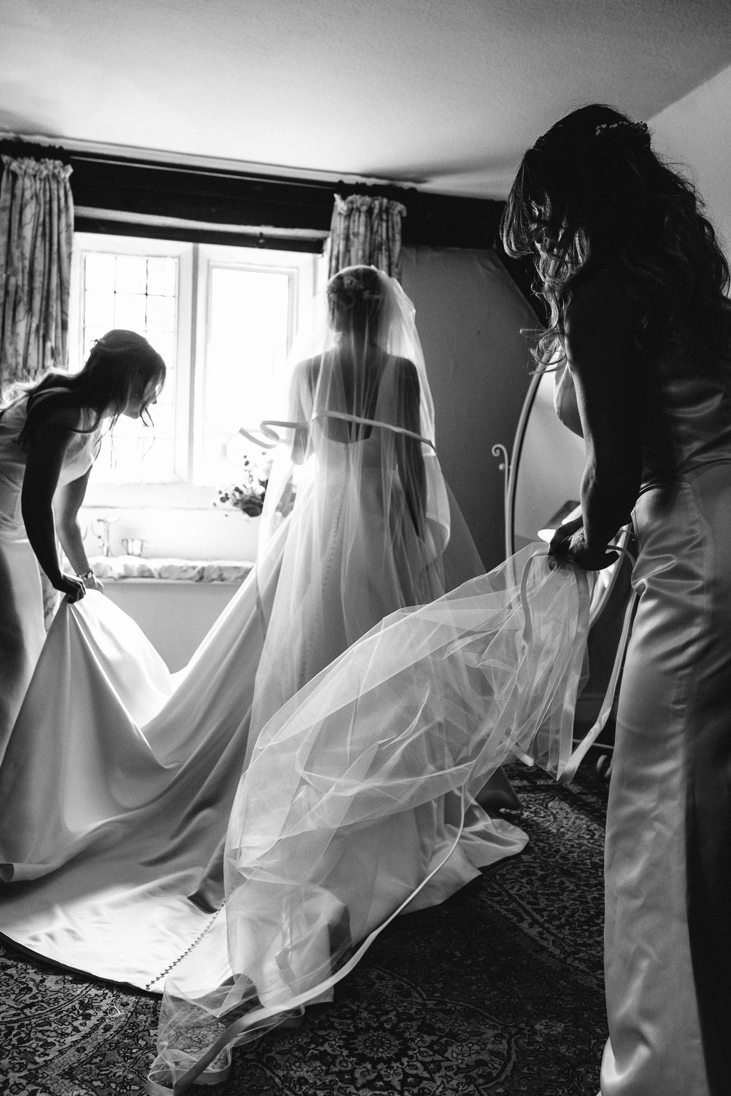 Abbey House Gardens Wedding Photographer-2.jpg
