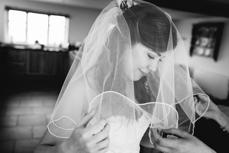Tenbury Wells Worcestershire Wedding Photographer-27.jpg