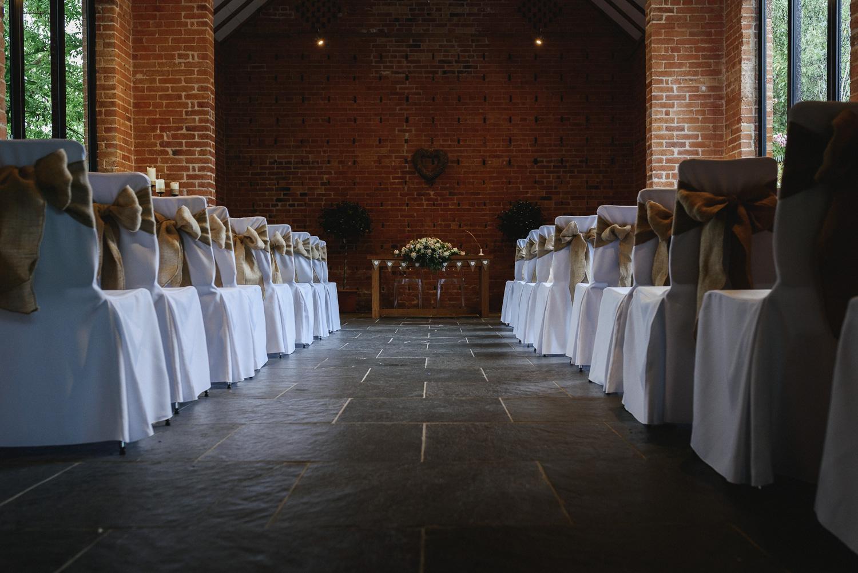 Redhouse Barn Wedding photography-4.jpg