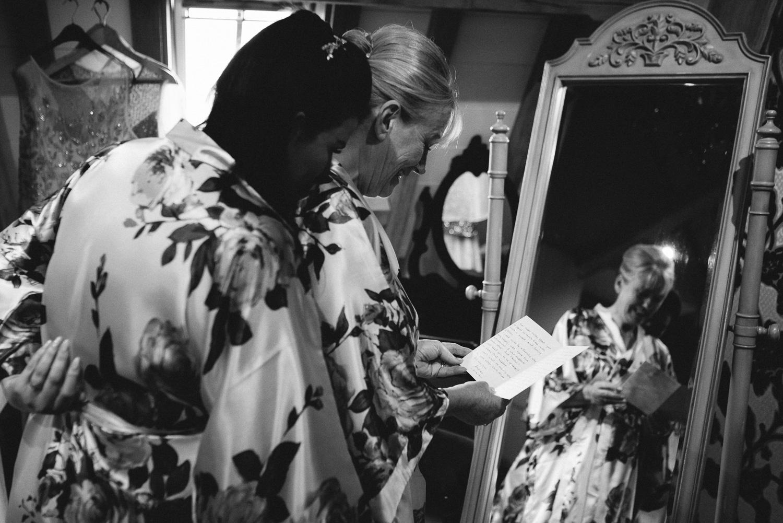 Redhouse Barn Wedding photography-6.jpg