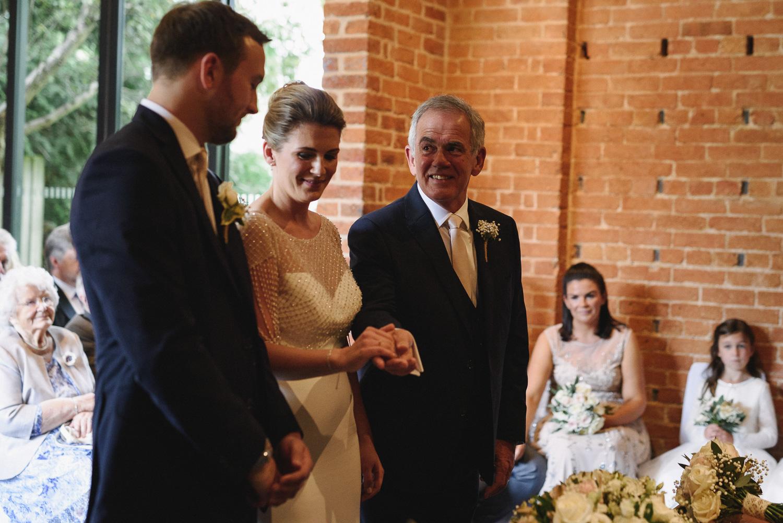 Redhouse Barn Wedding photography-43.jpg