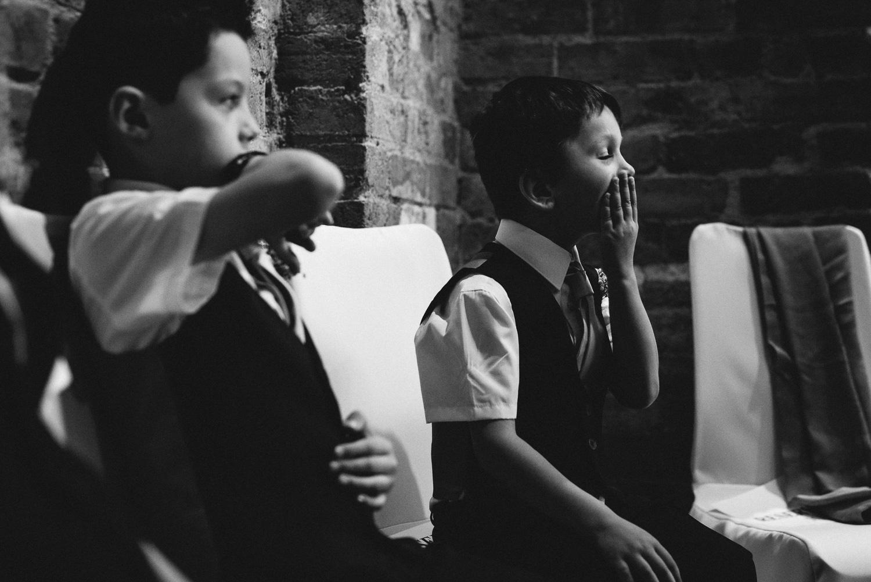 Redhouse Barn Wedding photography-52.jpg