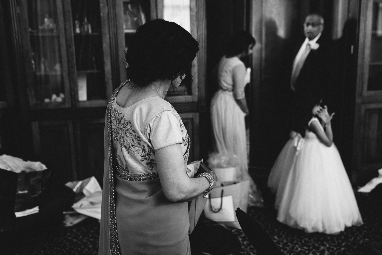 Hilton Hall Wolverhampton Wedding Photographer-27.jpg