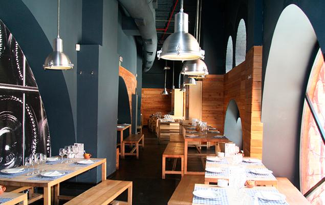 restaurantes honest buidings.jpg