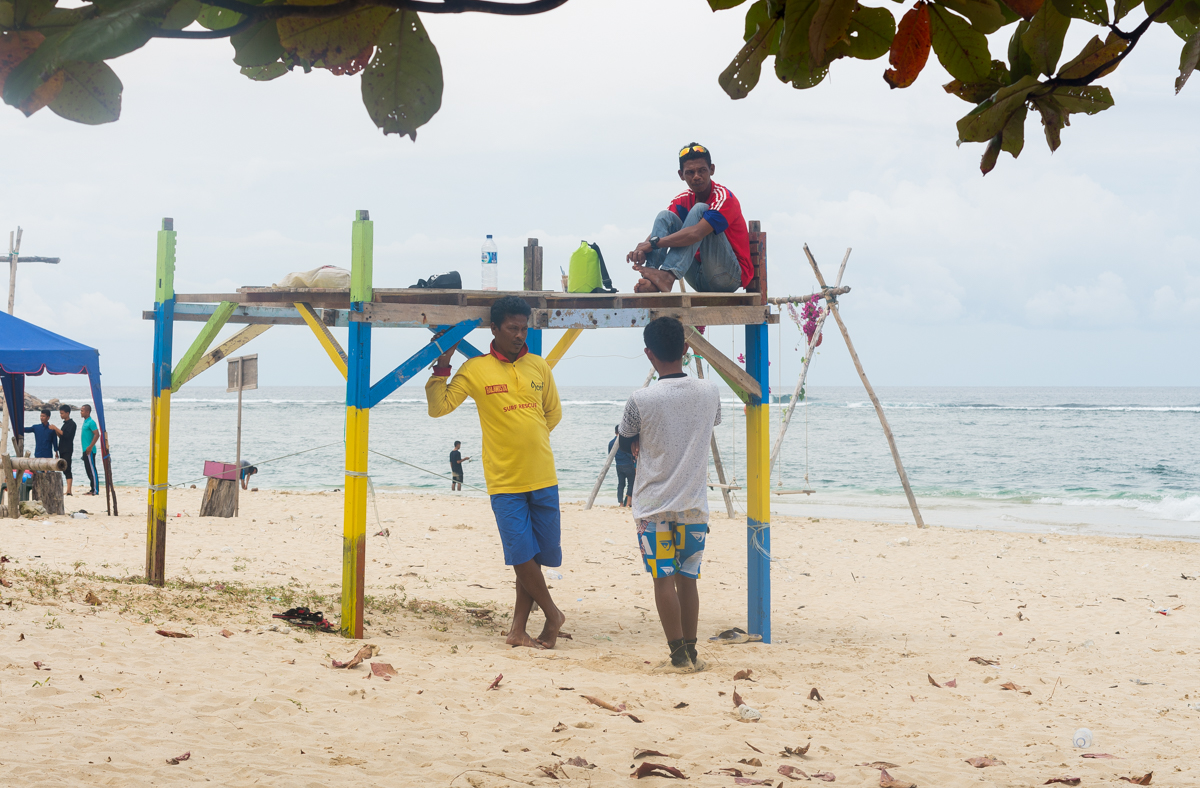 Lampuuk lifeguards on duty.