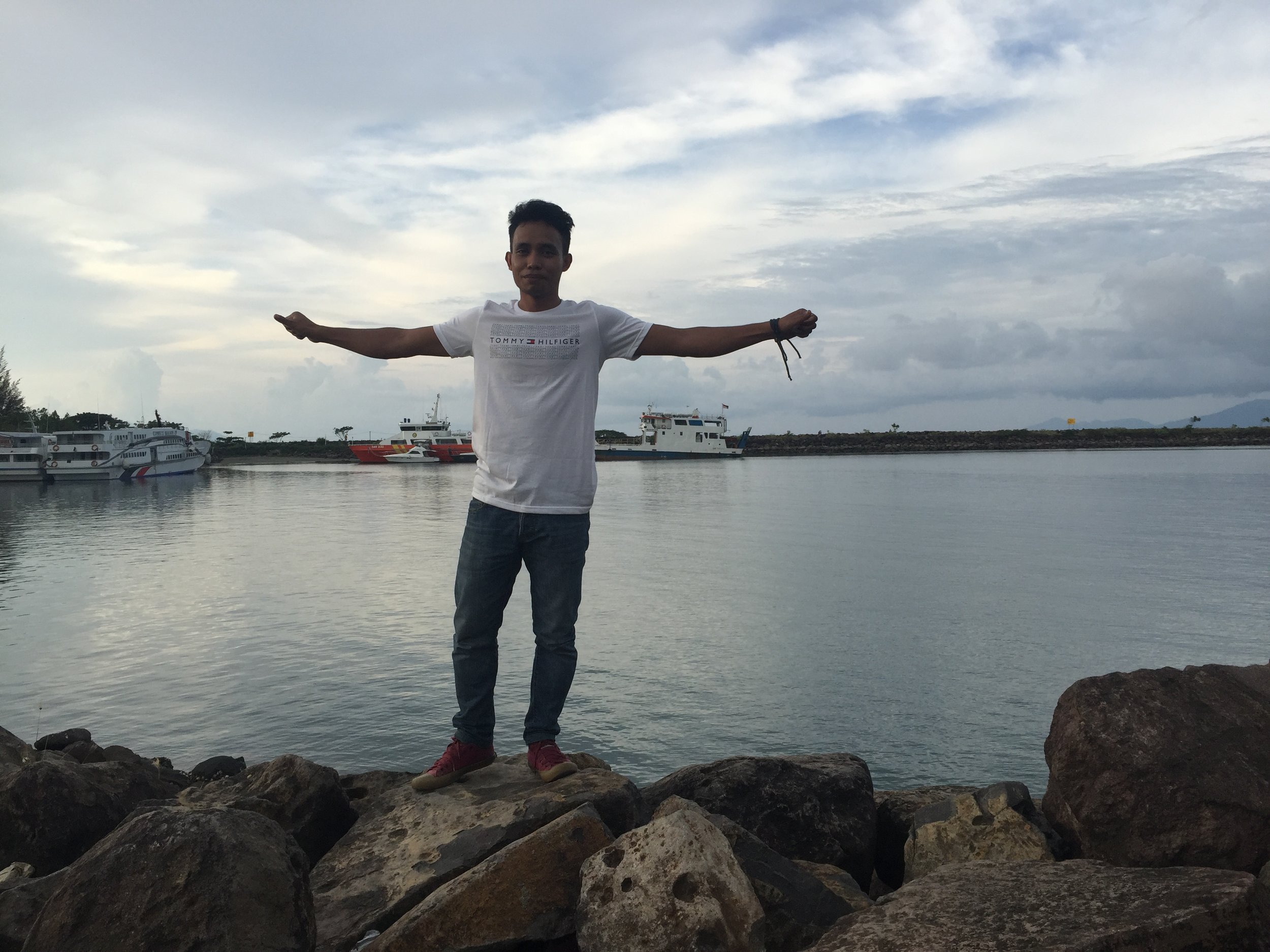Anwar, Acehnese port.