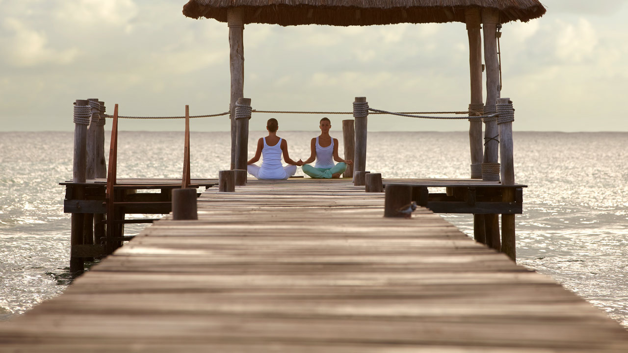 vrm-yoga-girls-1280x720.jpg