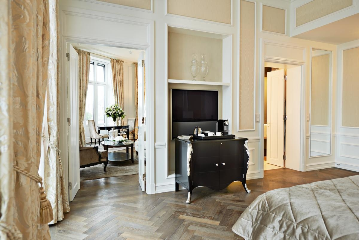 Images courtesy of Hotel d'Angleterre