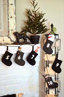 Advent+Calendar+Stockings+(22).JPG