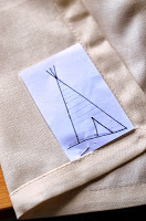 DIY+Napkins+with+Fabric+Marker+(6).JPG