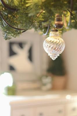 Holiday+Decor+Black+Green+(20).JPG