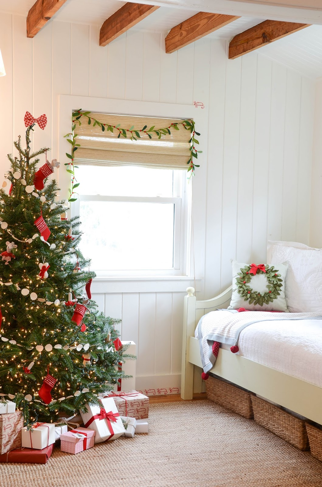 Night%2BBefore%2BChristmas%2C%2BNot%2Ba%2Bcreature%2Bwas%2Bstirring%2C%2BChristmas%2BDecor%2B(2).jpg