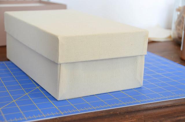 DIY+fabric+covered+box,+organization+(1).jpg