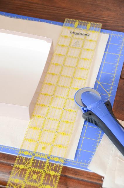 DIY+fabric+covered+box,+organization+(9).jpg