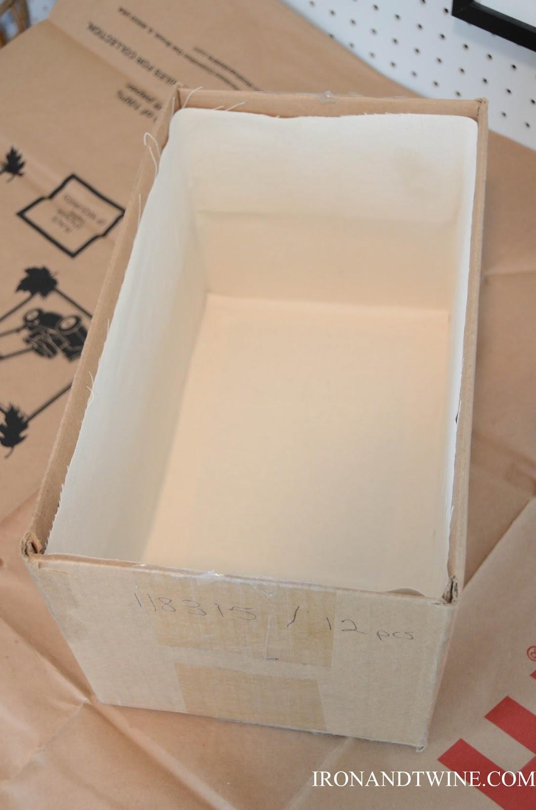 DIY+Belt+Handled+Box,+DIY+fabric+covered+box,+Iron+and+Twine+(21).jpg