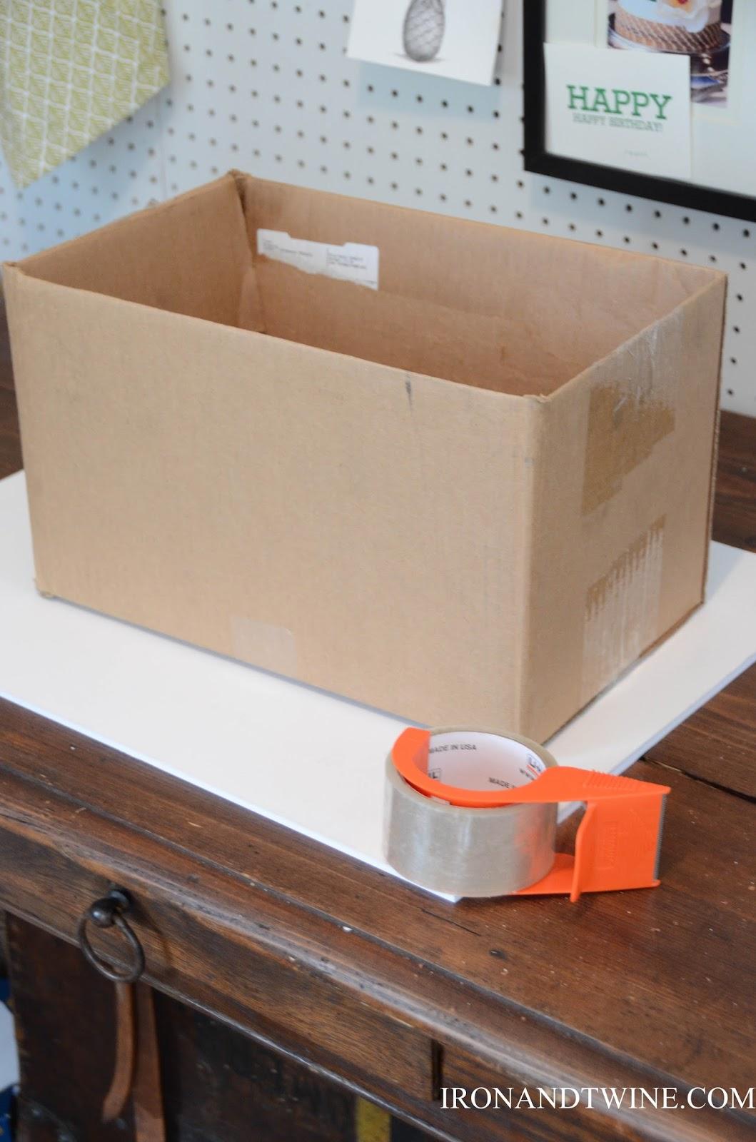 DIY+Belt+Handled+Box,+DIY+fabric+covered+box,+Iron+and+Twine+(11).jpg