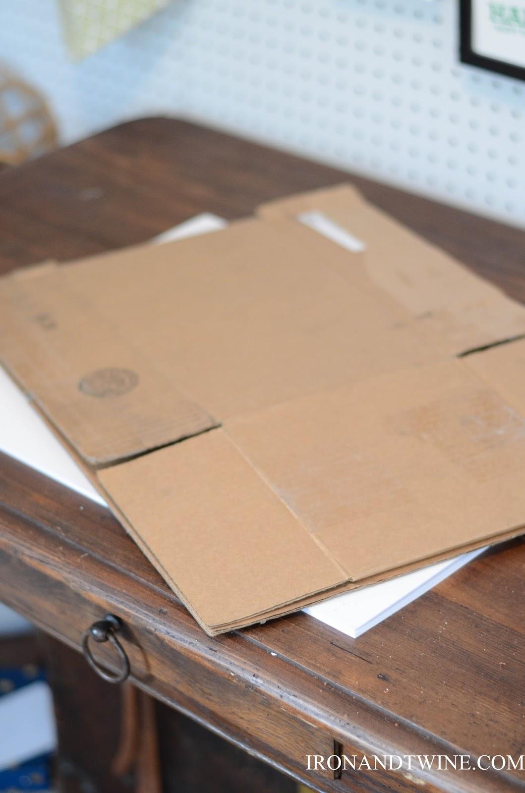 DIY+Belt+Handled+Box,+DIY+fabric+covered+box,+Iron+and+Twine+(10).jpg