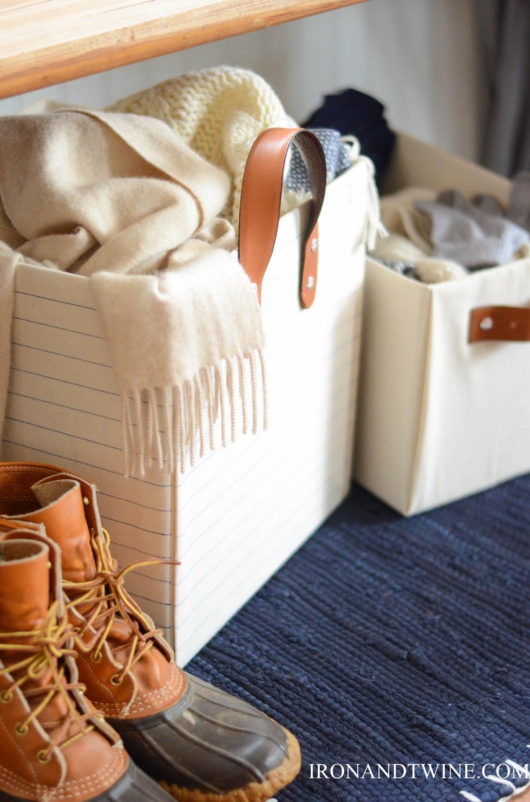 DIY+Belt+Handled+Box,+DIY+fabric+covered+box,+Iron+and+Twine+(2).jpg