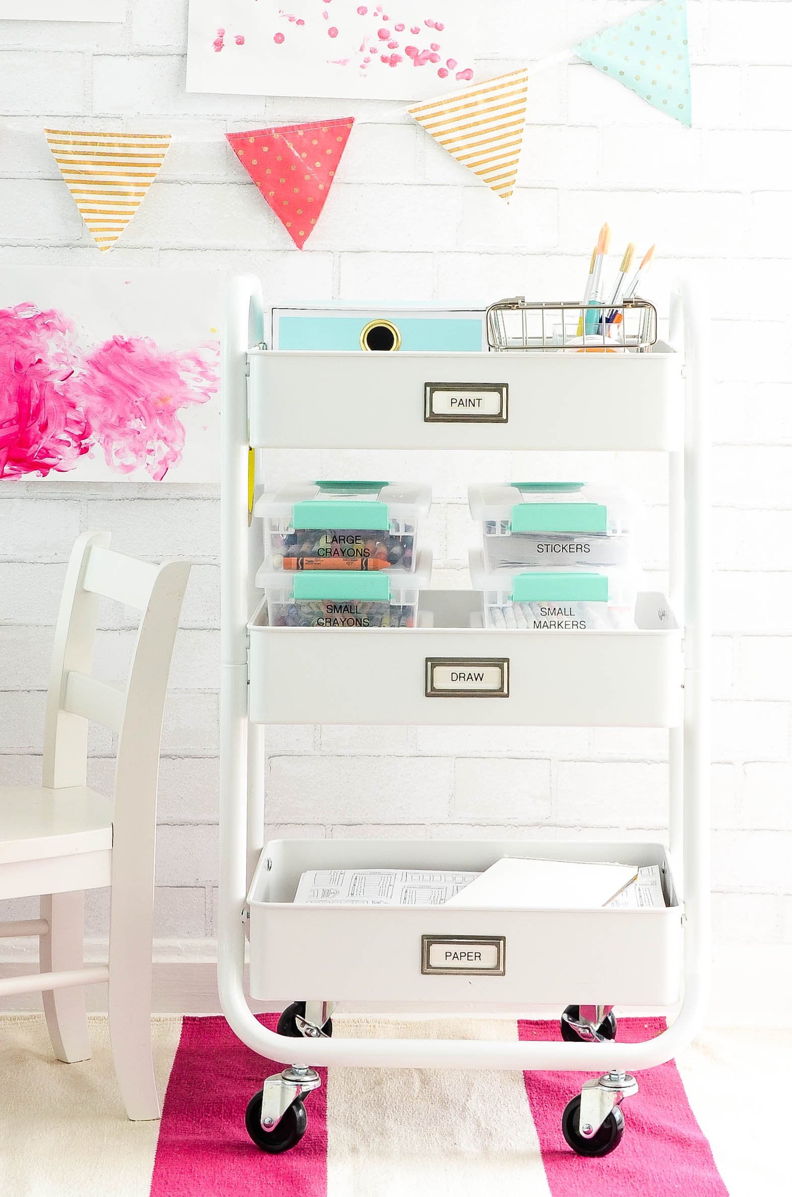 The perfect solution to organize those art supplies!