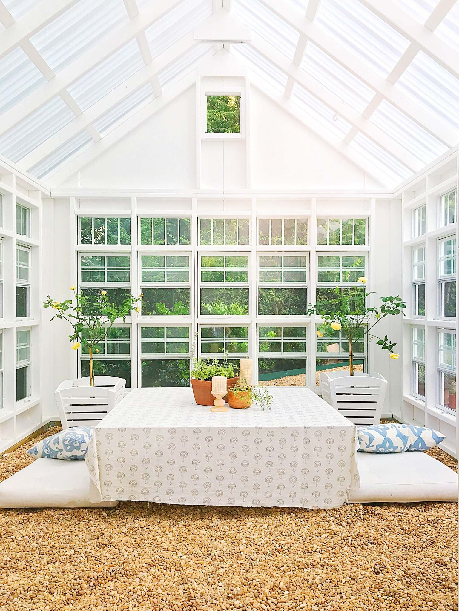 Greenhouse Kit : Found   Here   | Table Linen : Fabric by Nate Berkus for Joann Fabric | Pillows : (no longer available) Serena & Lily