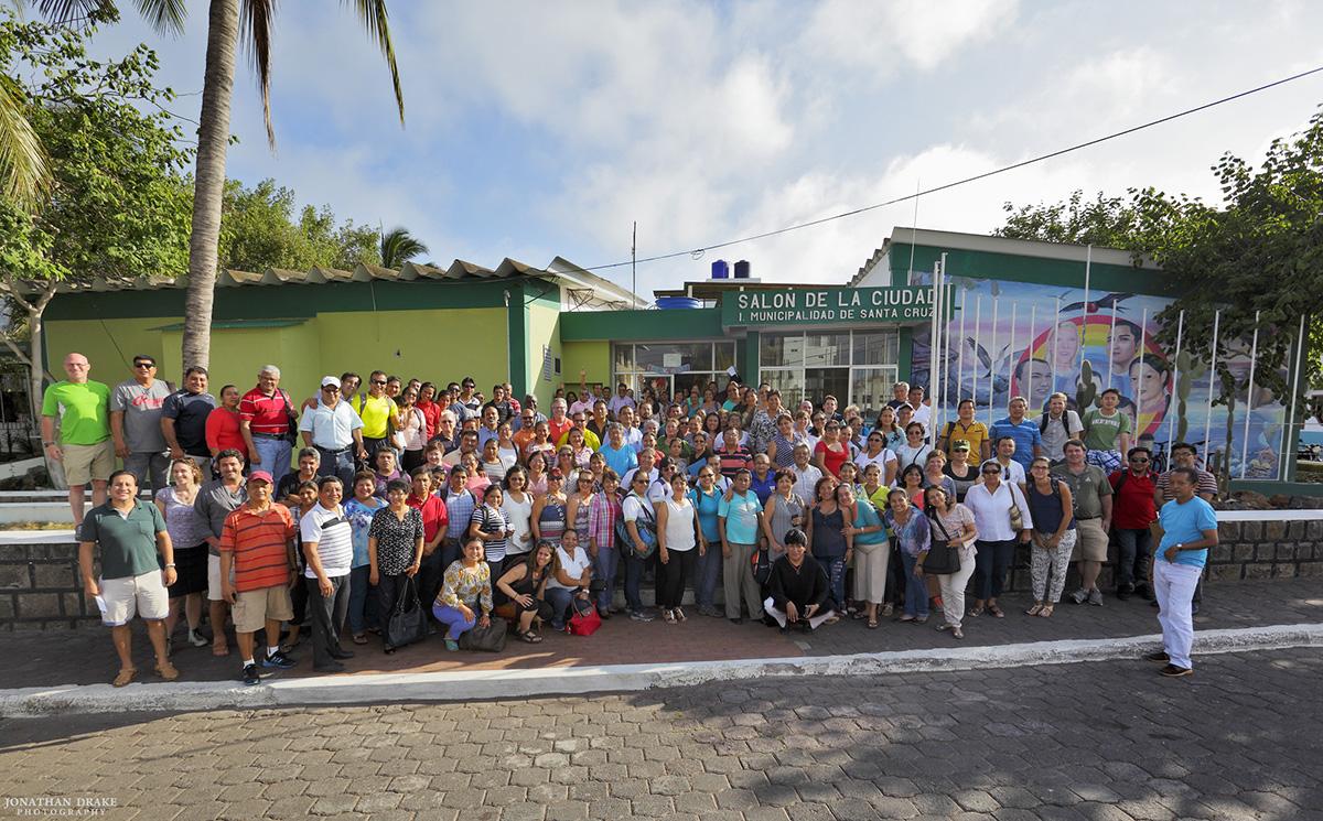 LOS PARTICIPÉS EN EL INSTITUTO DE DESARROLLO PROFESIONAL EN ABRIL 2016 (FOTO © JONATHAN DRAKE/T2T-I)