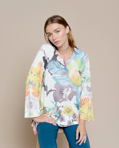 Top is Nally & Millie / Bold Floral Print against White / Beauiful Bell Sleeve