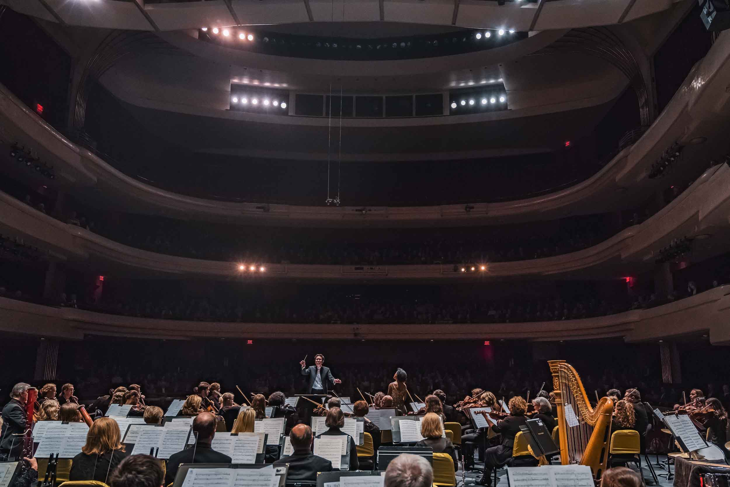 fox-valley-symphony-orchestra-business-commercial-professional-photographer-graham-images-washatka-wisconsin-appleton-green-bay-006-0606-blog.jpg
