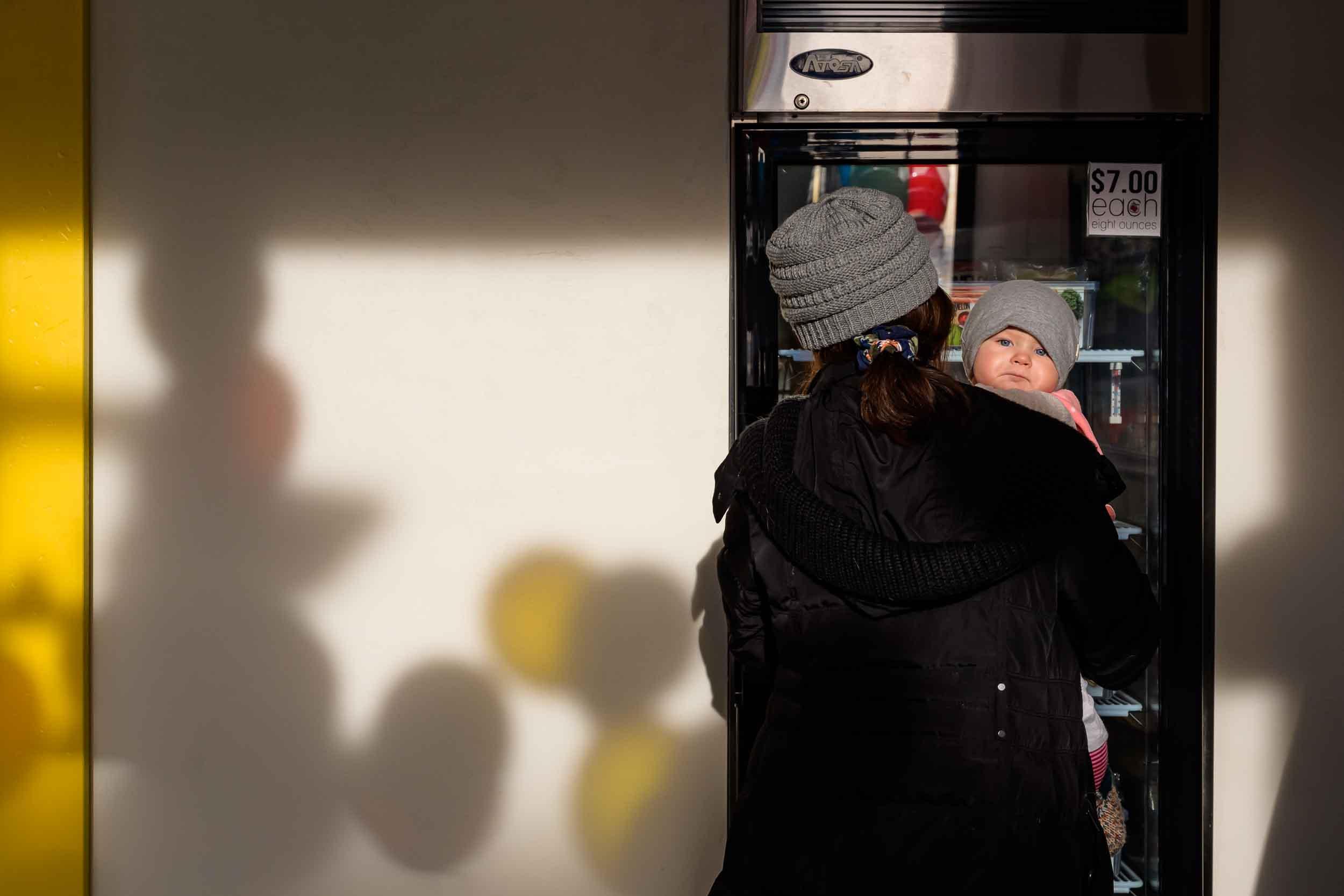 little-food-co-grand-opening-business-commercial-professional-photographer-graham-images-washatka-wisconsin-appleton-green-bay-006-0810-blog.jpg