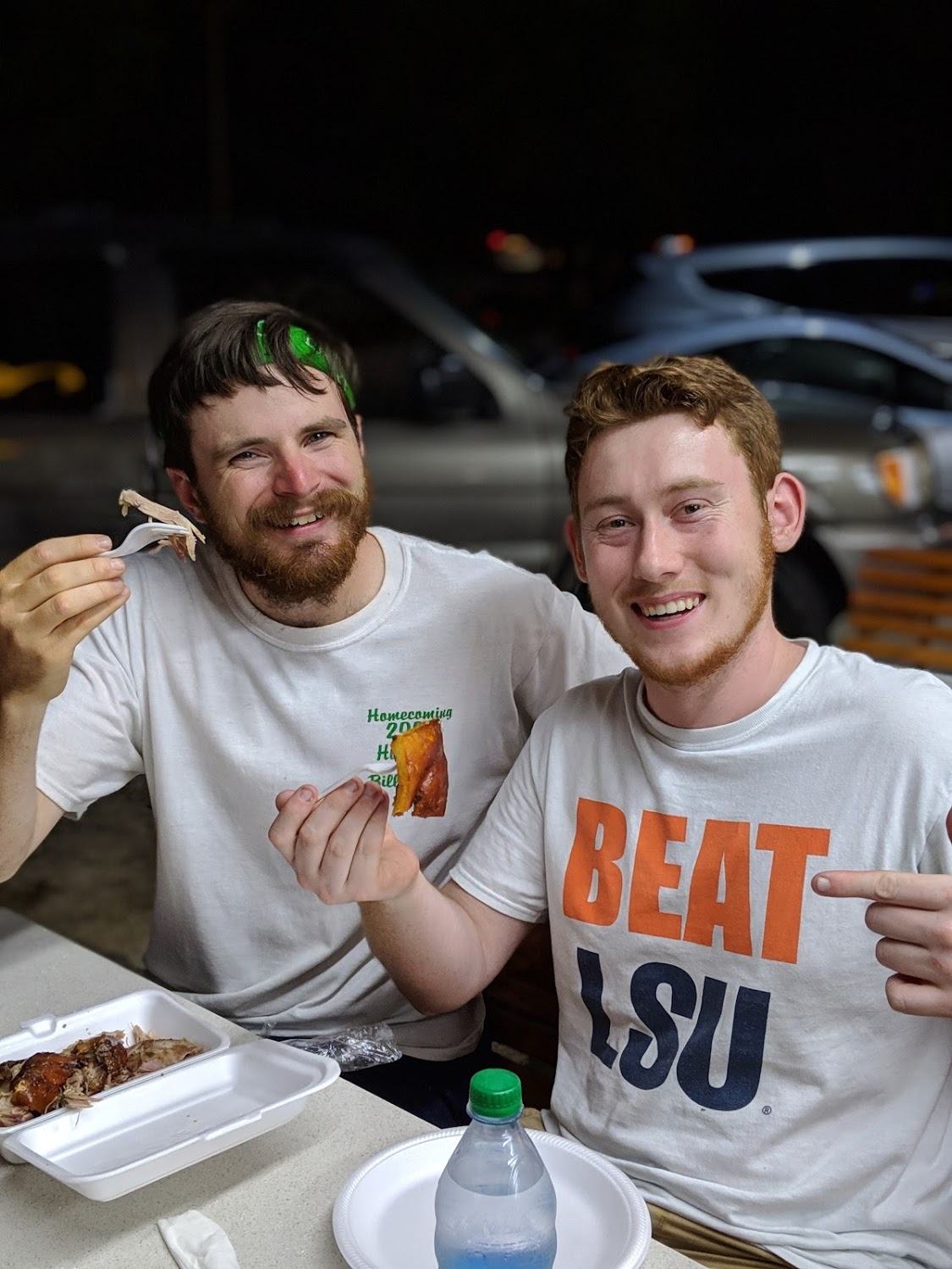 JT Mercer and Ben Gourley tried some pulled pork from Bebos. They LOVED it!!
