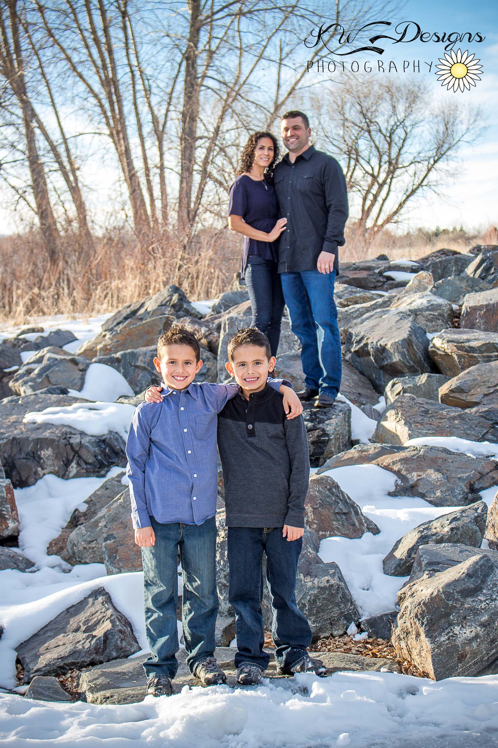 Snow Photos Lakewood Family Photographer.jpg