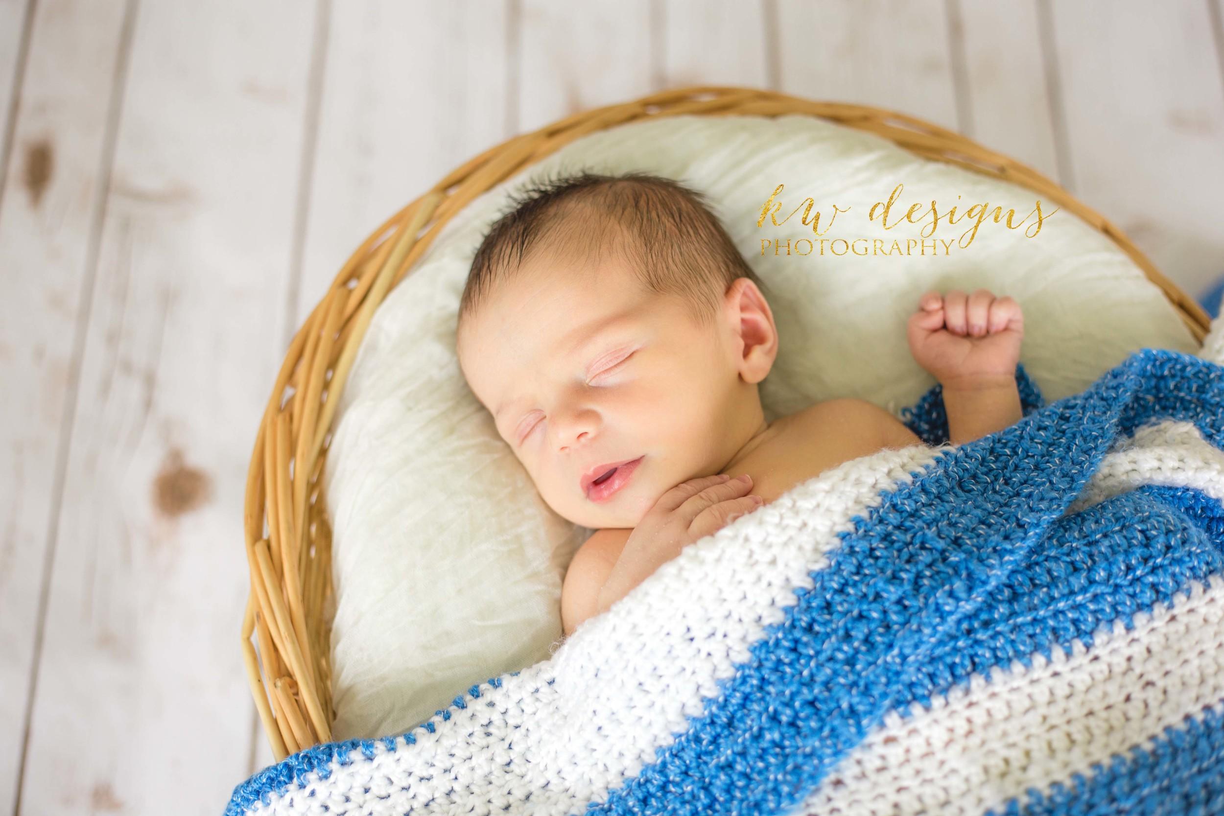 Lakewood CO Newborn Photographer 4.jpg