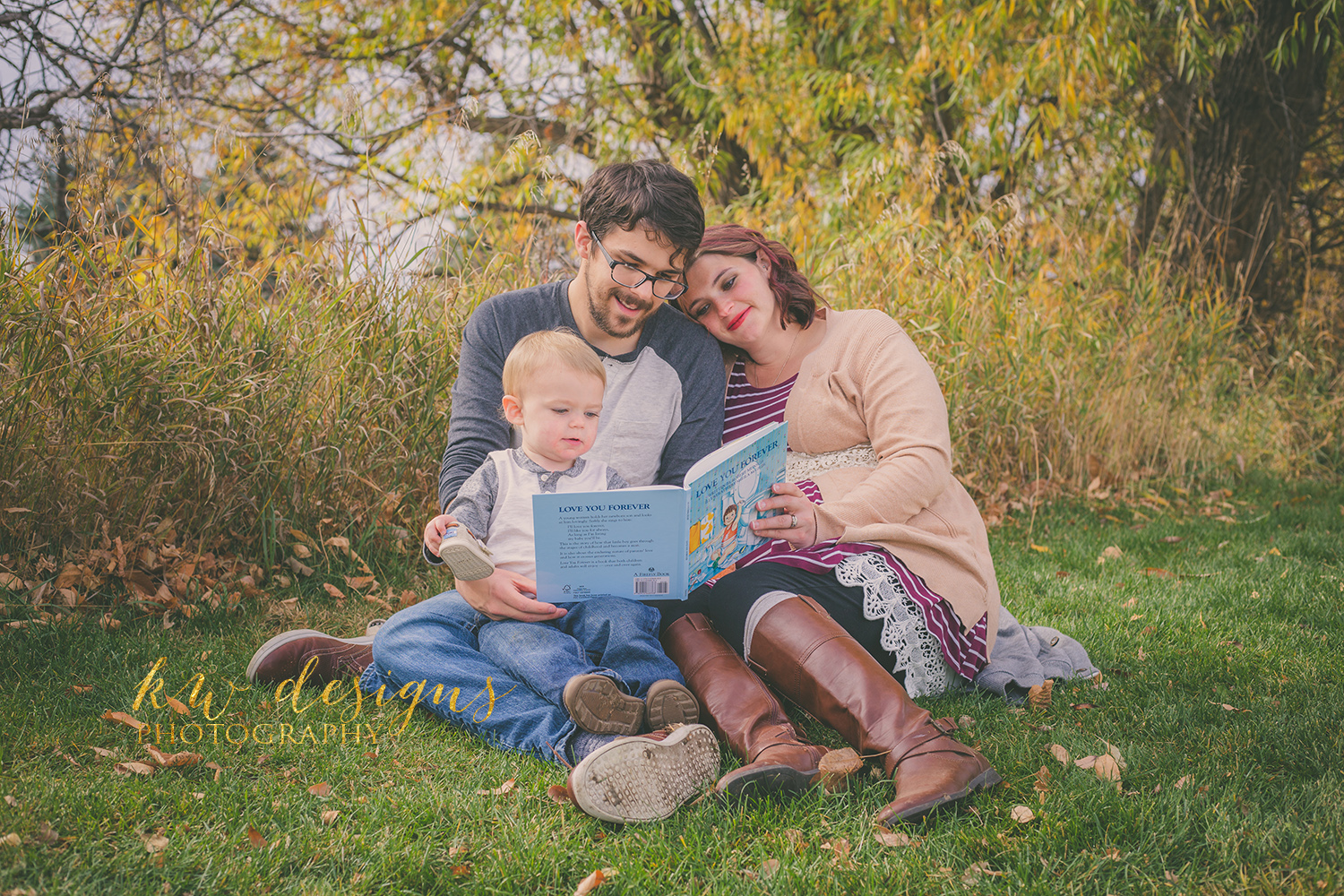 Lakewood Colorado Maternity Photographer; The N Family