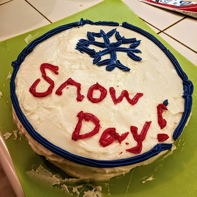 The #silverlining to all these snow days? Plenty of time to watch #NailedIt and be inspired to make cake with my kids. Because without cake, I might scratch my own eyes out. #snowpocalypse #naileditnetflix #lopsidedcake