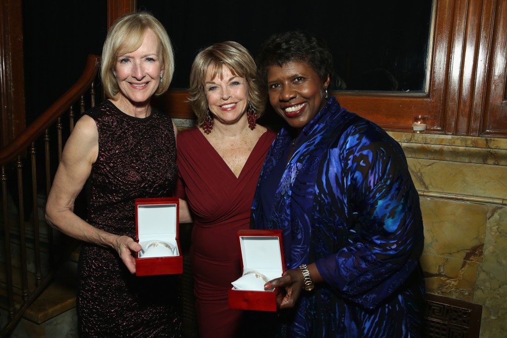 (l-r) PBS NewsHour's Judy Woodruff, Pat Mitchell and Gwen Ifill at the 2015 Women's Media Center Awards.