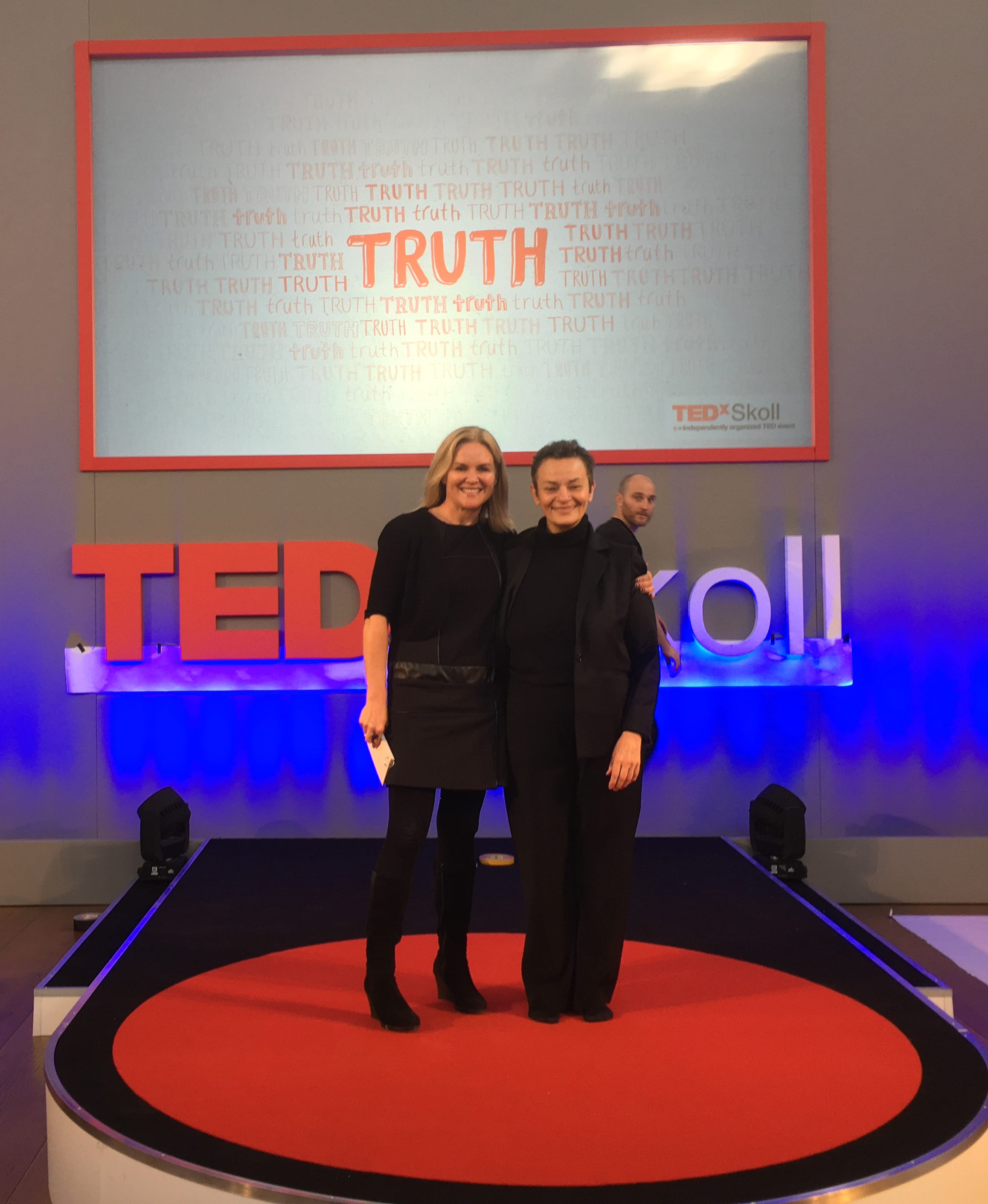 (l-r) TEDxSkoll organizer Antonella Broglia and Renee Kaplan at the Sheldonian Theatre.