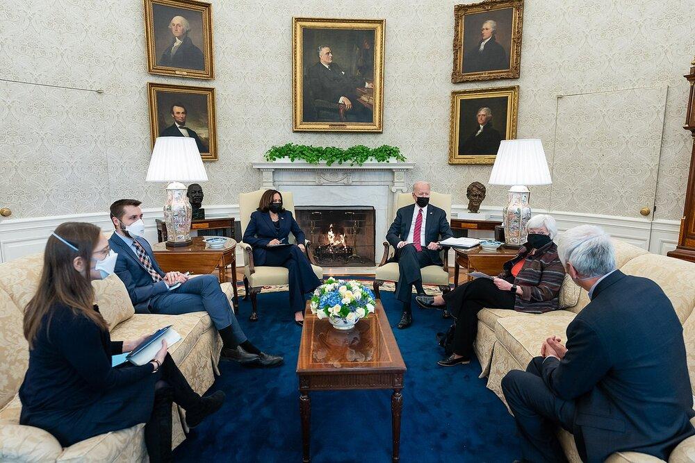 Secretary Yellen meeting with President Joe Biden and Vice President Kamala Harris on January 29, 2021. (Credit: Adam Schultz, White House Photos)