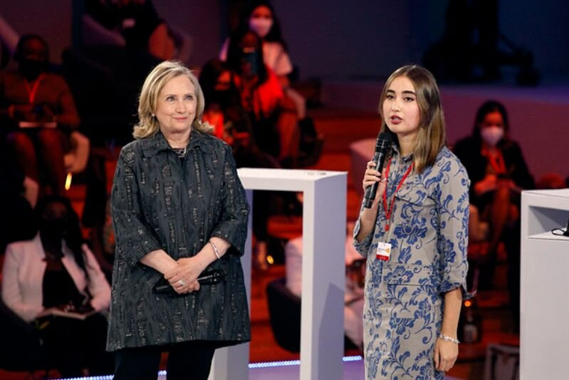 """Former US Secretary of State Hillary Clinton introduced 17-year-old Chilean feminist Julieta Martínez who said girls her age who fight for equality """"feel alone."""" Read Julieta's recent  post  at The Elders' Blog. 
