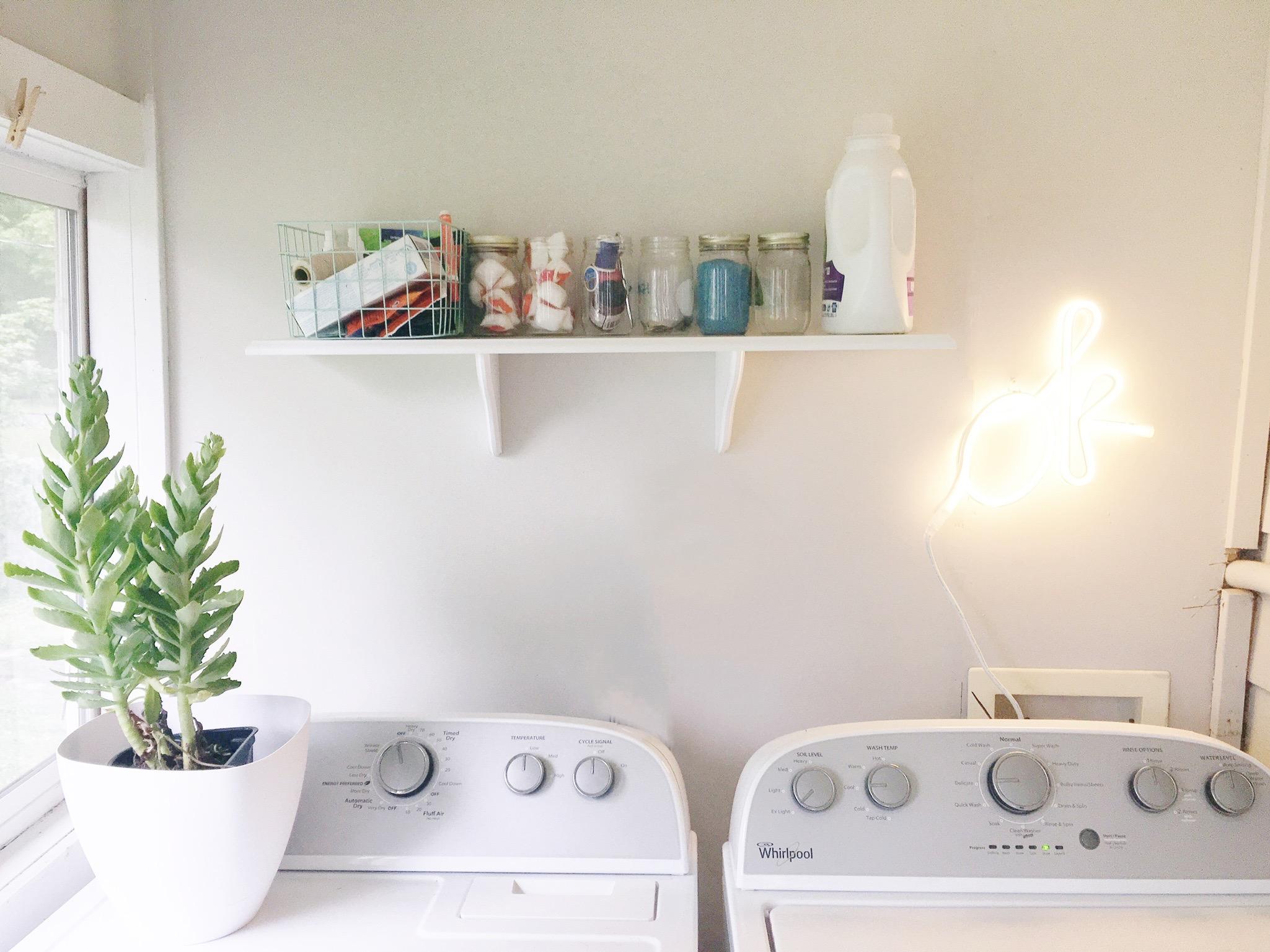 Small Laundry Redo LED Sign