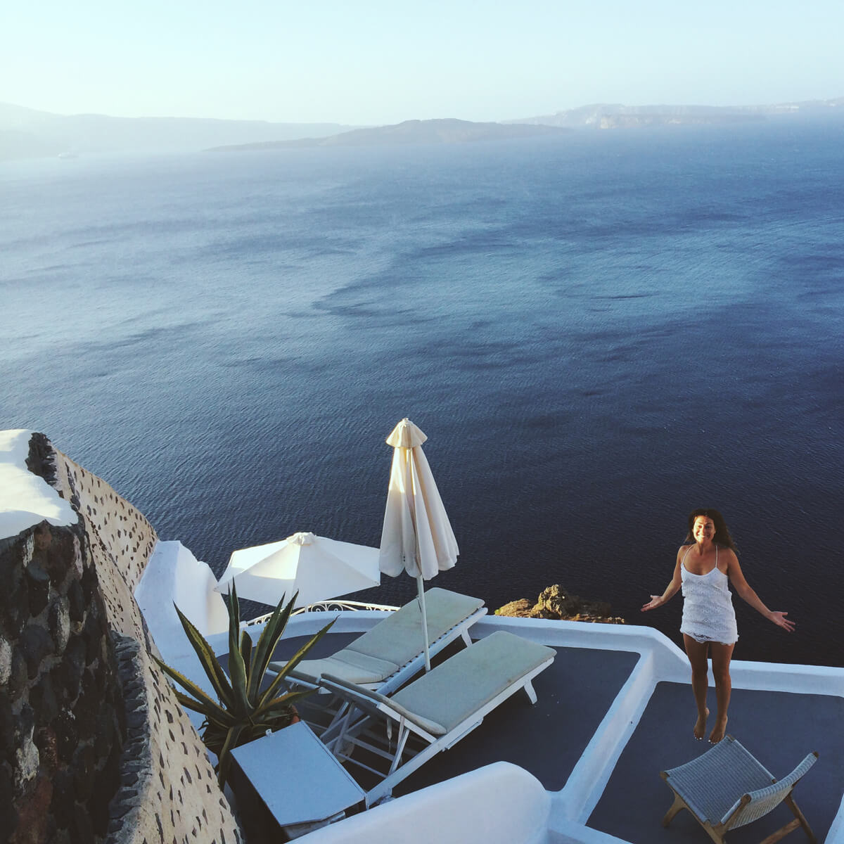 Rachel_Garahan_Santorini02.jpg