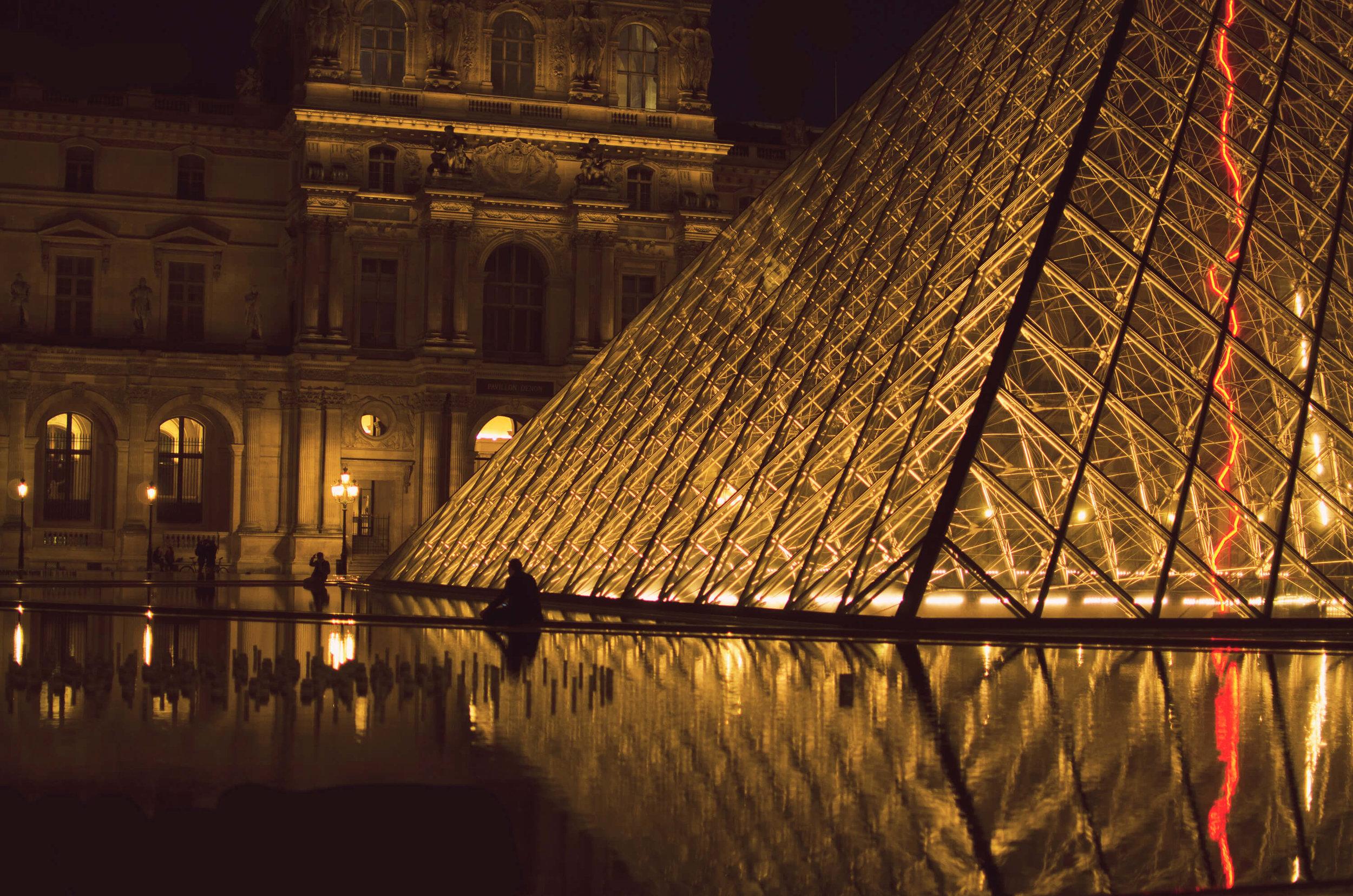 Louvre, Paris by Sam Spahr