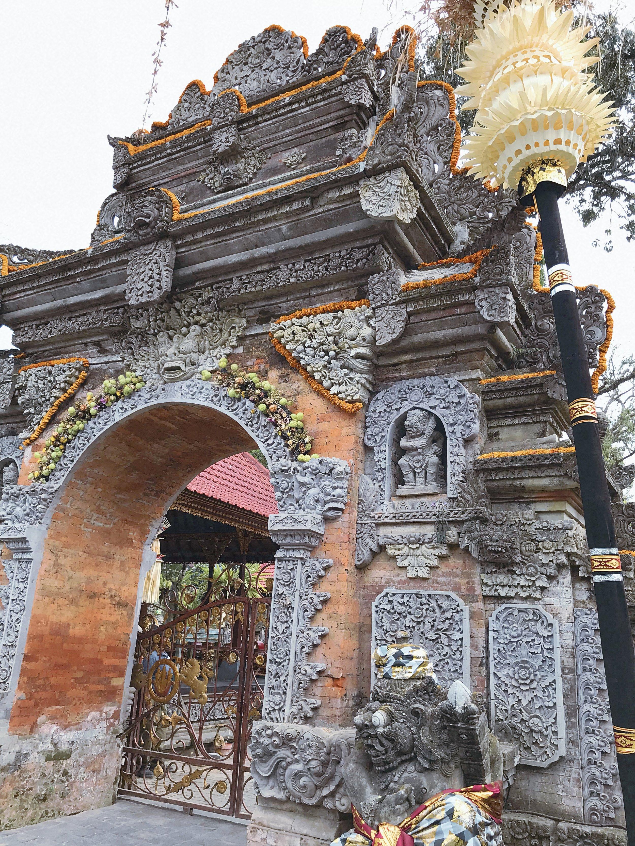 Shopping in Bali    ouiwegirl.com