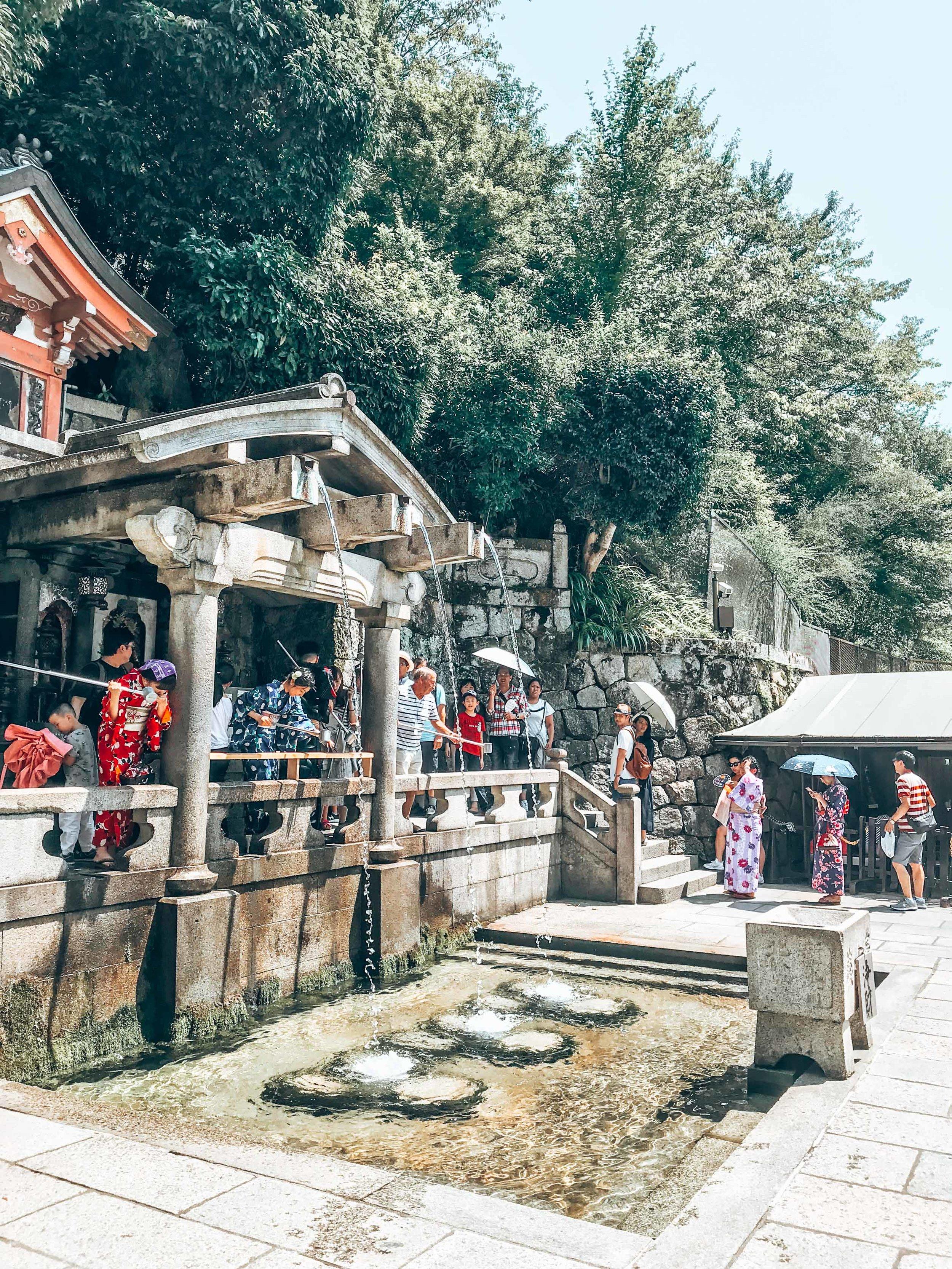 fountains at kiyomizudera