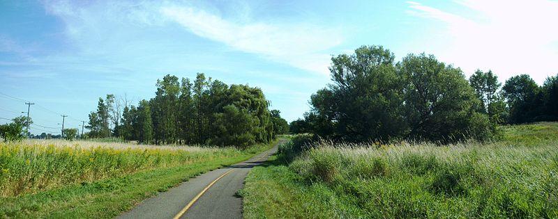 Parc-nature_de_la_Pointe-aux-Prairies_02.jpg