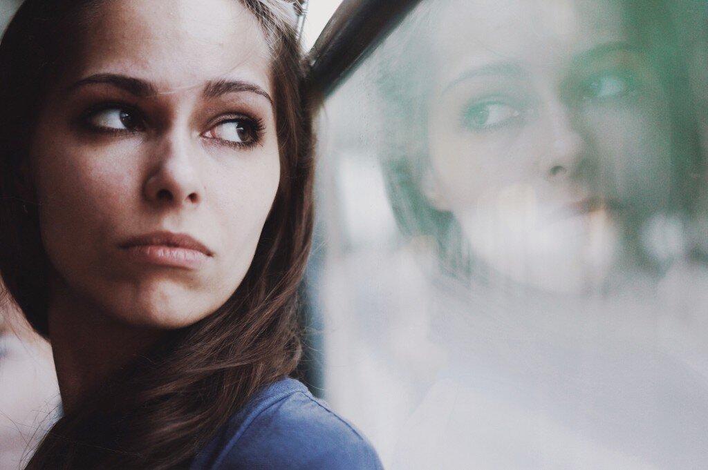 window-reflection-beautiful-girl_t20_e8oPab.jpg