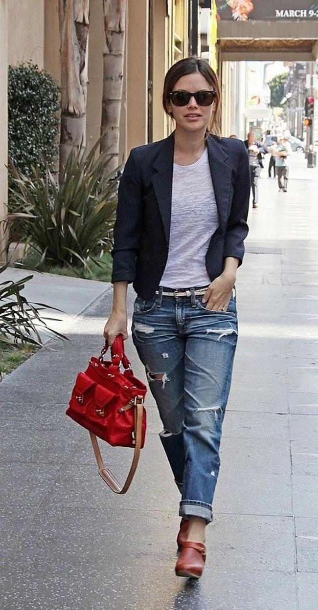 Boyfriend Jeans and clogs