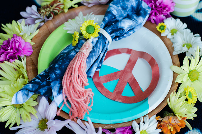 Peace place setting
