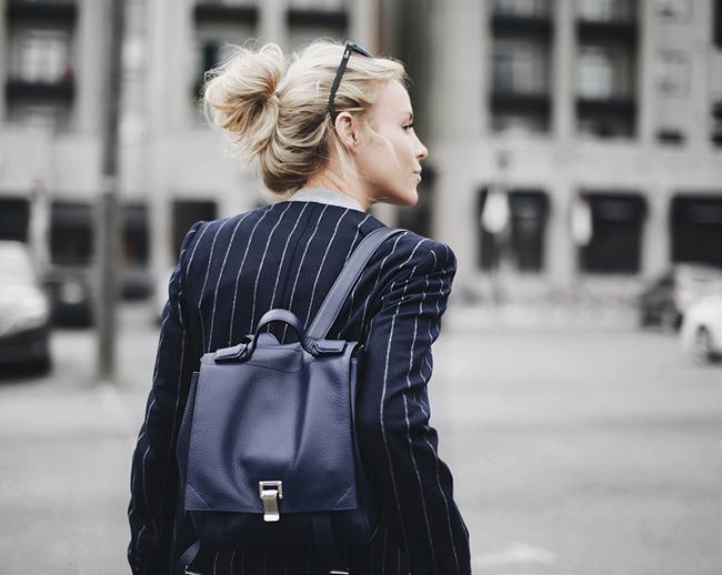 Capsule Wardrobe: backpack